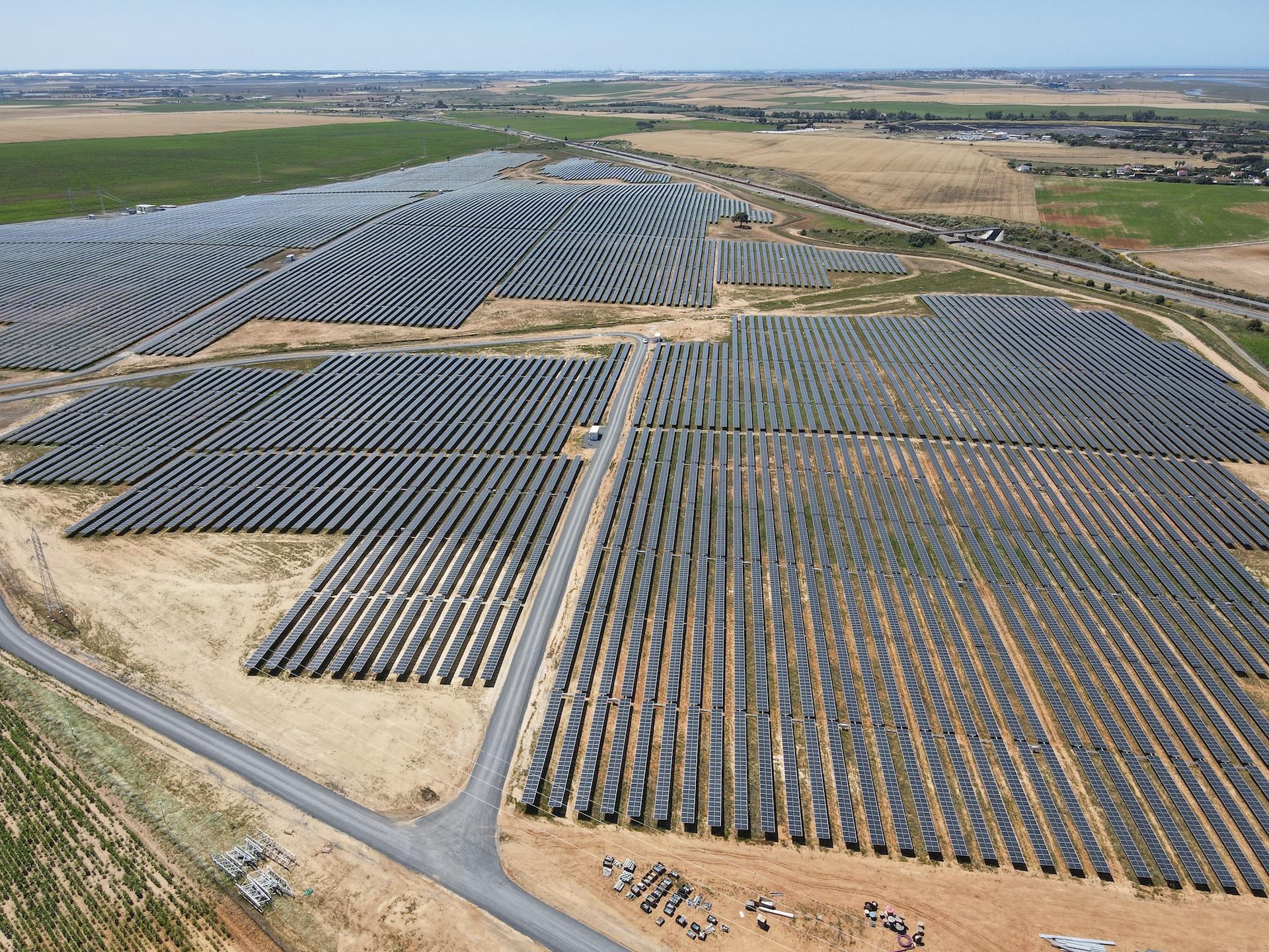 Los proyectos Huelva 2020 y Huelva 2021 generarán la energía equivalente a toda la población del municipio