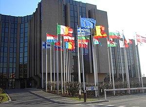 La acción de la UE no es suficiente para fomentar las inversiones sostenibles