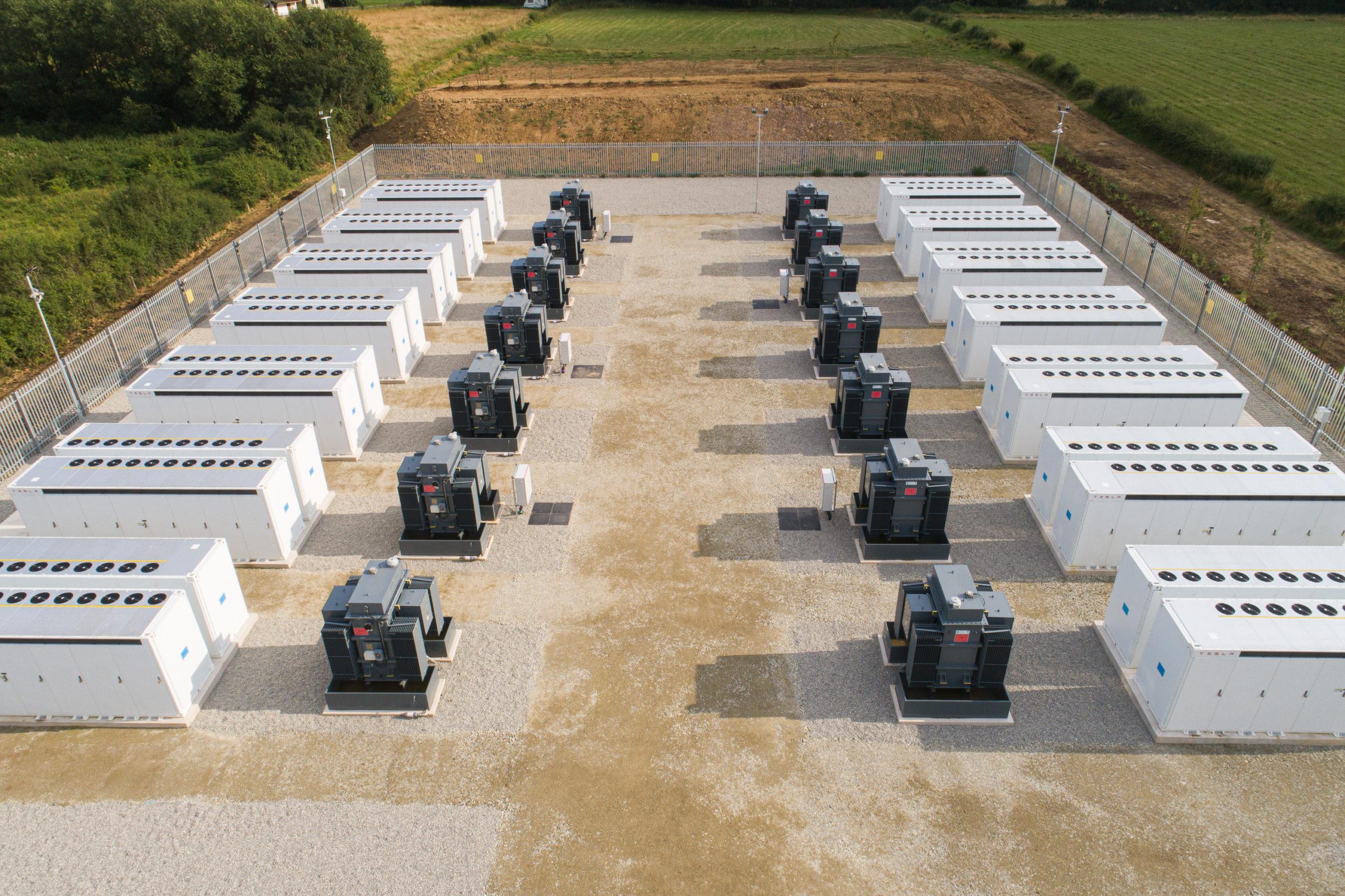 FRV y Harmony Energy lanzan el mayor proyecto de almacenamiento en baterías del Reino Unido